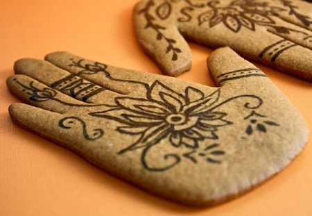 Post image for mendhi inspired spice cookies