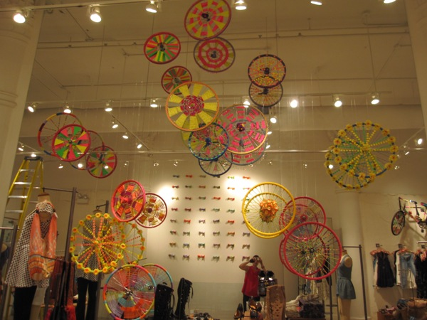 5th Avenue Store Display