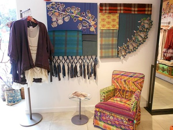 free-people-fall-store-displays