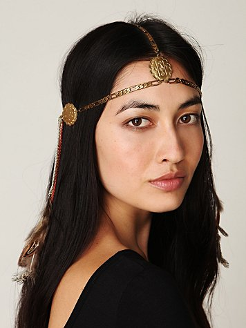 dripped chains headpiece Thursday Poll: Head Pieces