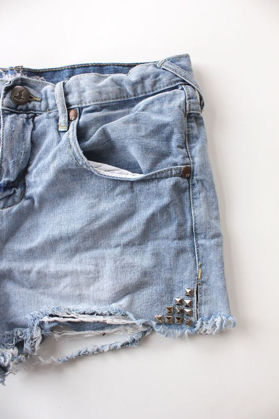 diy-studded-denim