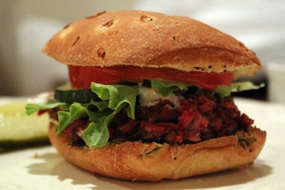 Post image for Cool and Fresh Beet Burgers
