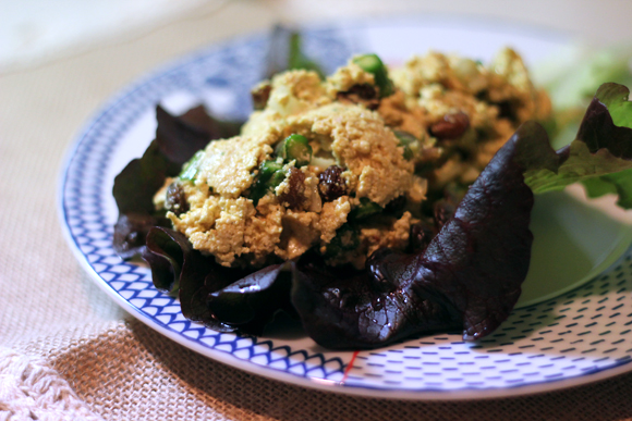 Post image for Eggless Egg Salad – With Curry, Asparagus, and Raisins