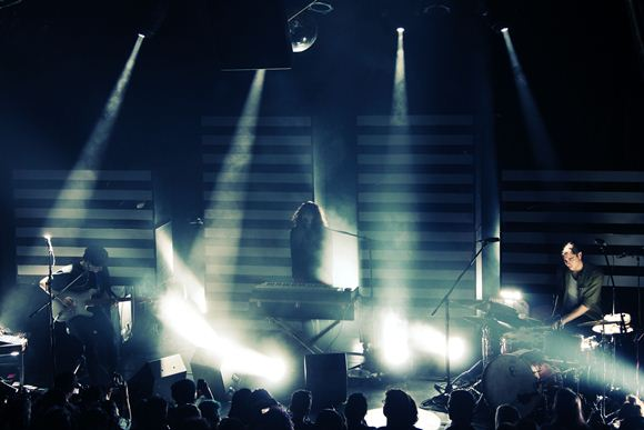 Post image for Beach House @ The Bowery Ballroom, 5/15/12