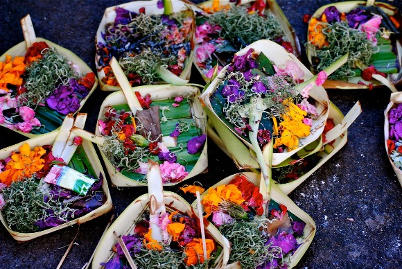 bali flower offerings