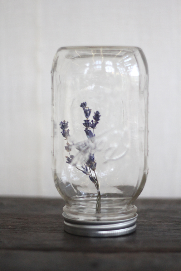 DIY Hanging Flower Mason Jar - Lavender