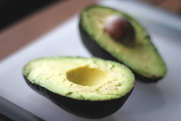 Post image for Avocado Health Benefits and 3 Quick Recipes