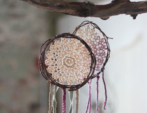 Post image for DIY Desktop Dream Catchers