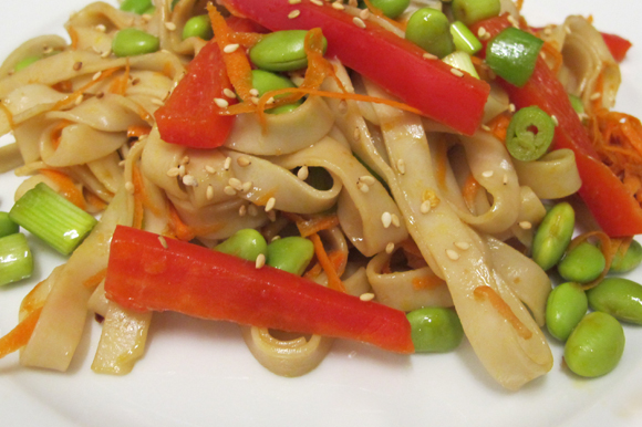 udon noodles and raw veggies