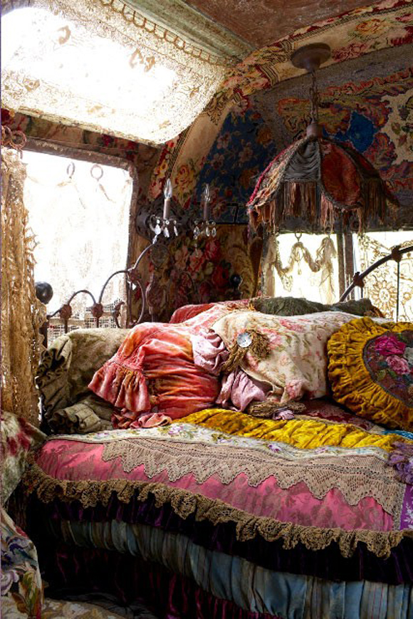 How To Create A Bohemian Atmosphere In Your Home