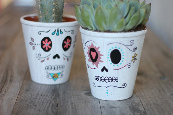 Post image for DIY Day Of The Dead Planters