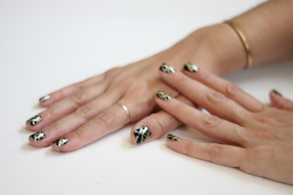 Post image for How To Do Spider Web Nails For Halloween!