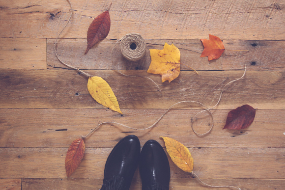 Post image for 3 Ways To Decorate With Leaves