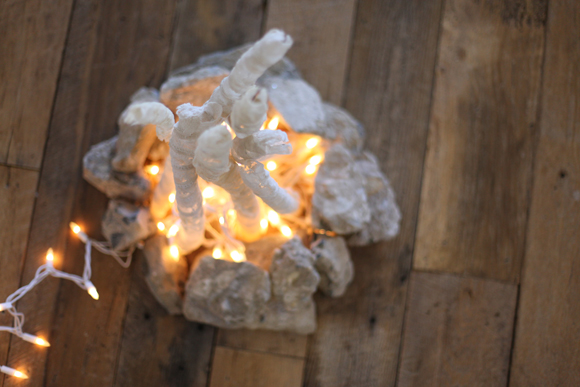 DIY Lace Twinkle Lights Flameless Fire Pit - DIY Flameless Fire Pit