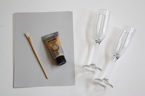 diy customized champagne flutes