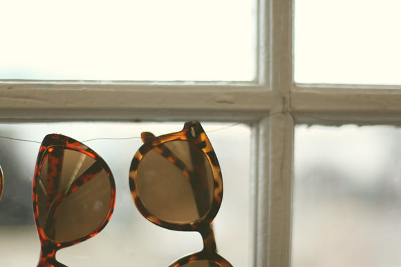 Acessories as Decor: Ways to Display Sunglasses