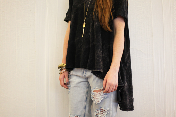Post image for 60-Second Stylist: The Oversized Tee