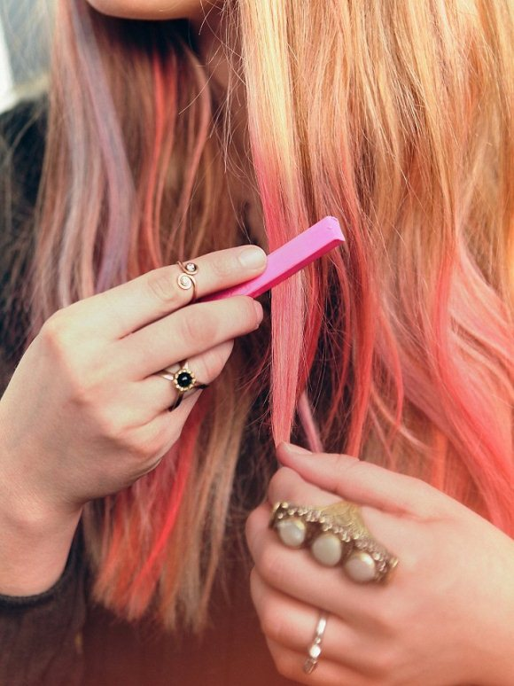 How To Paint Your Hair With Chalk