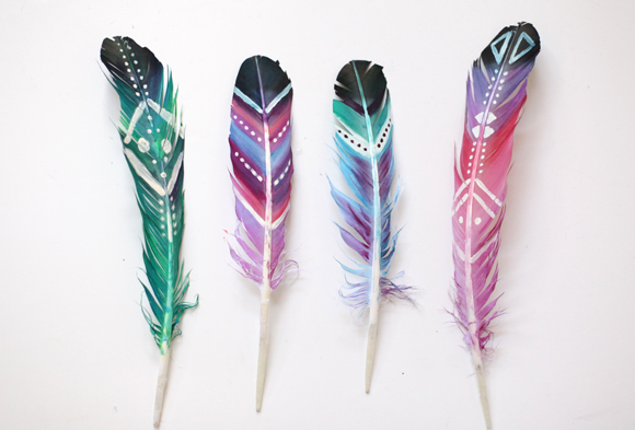 Can You Paint Feathers