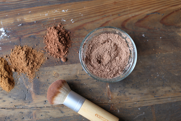 Post image for Homemade Natural Bronzer Recipe