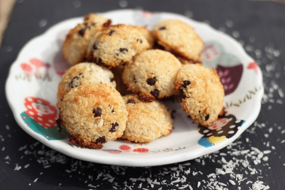Post image for Recipe: Chocolate Chip Coconut Macaroons (Gluten-Free & Dairy-Free)