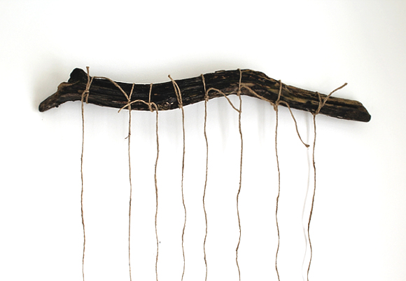 driftwood-and-twine-on-wall