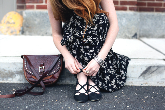 lace-up-ballerina-shoes