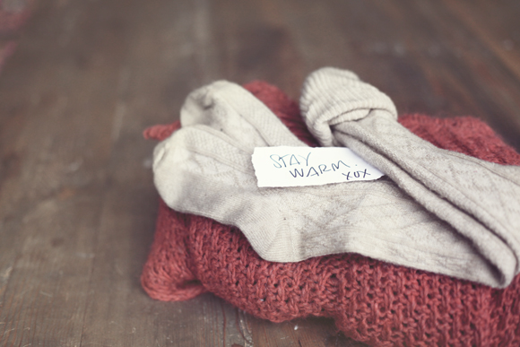 Handwritten note, stay warm