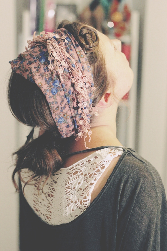 Post image for 3 Scarf Hairstyles We Love & How To Do Them!