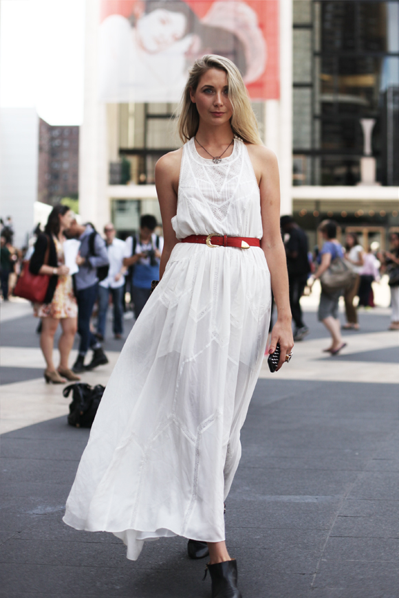 NY Fashion Week – white flowing dress