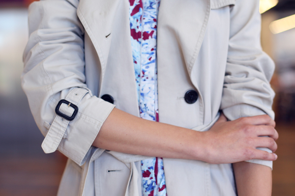 Trench coat, printed dress