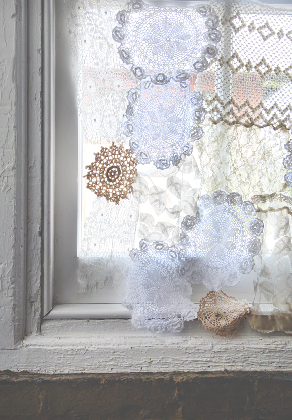 diy lace doily curtain