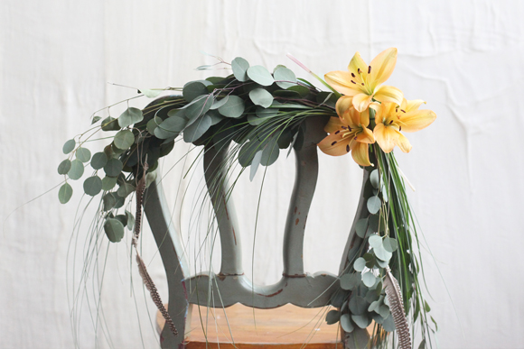 Post image for Spring Wedding DIY: Floral Chair Garland
