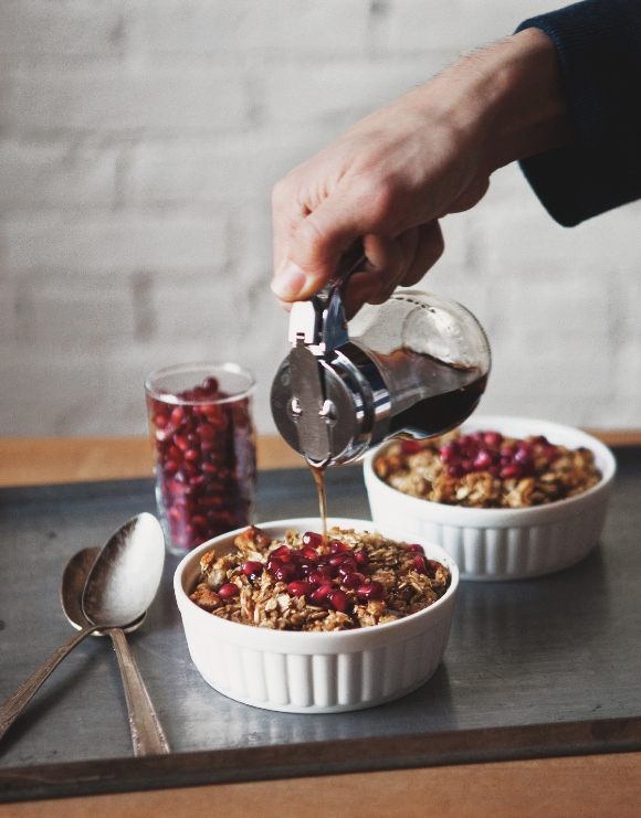 love foods oatmeal with pomegranate