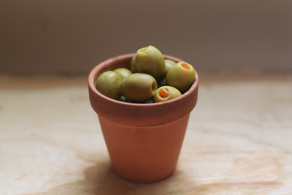 Olives in pot