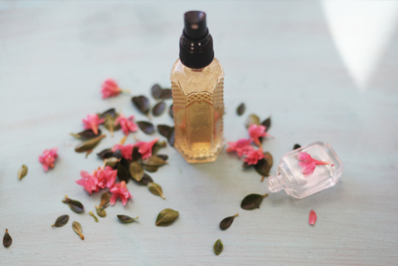 Post image for Homemade Herbal Tea Face Mist For Spring