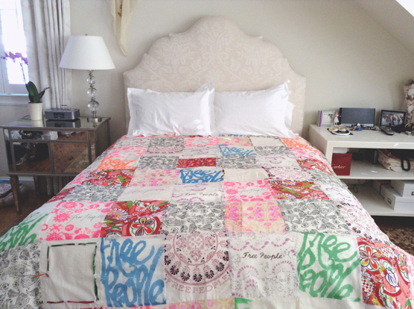 Post image for DIY Duvet Cover Made Of Free People Bags