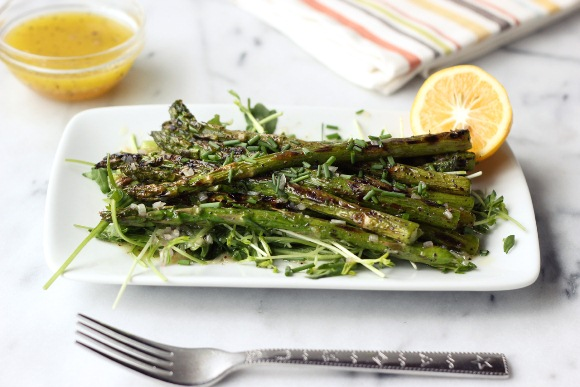 Post image for Grilled Asparagus Spring Salad