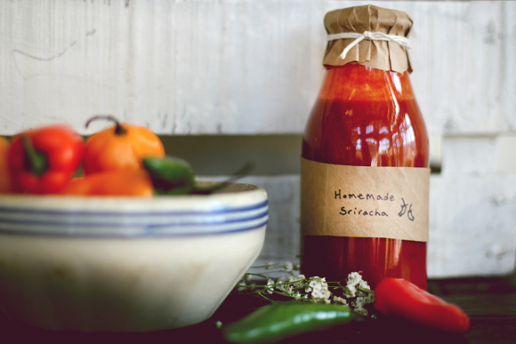 Post image for Homemade Vegan Sriracha Sauce