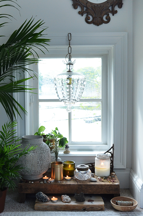 How to bring the 5 feng shui elements into your home free people blog - Meditation room decorating ideas ...