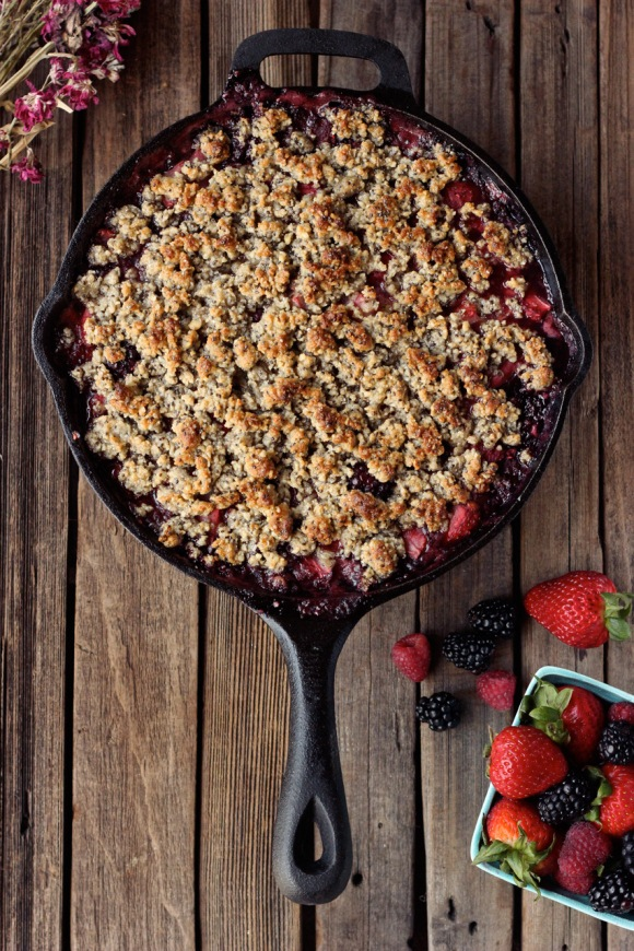 grain free berry crisp