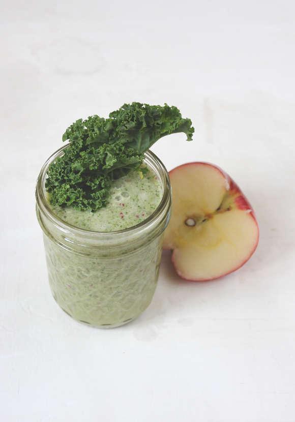 Post image for 20 Days Of Movement, Day 19: Green Smoothie