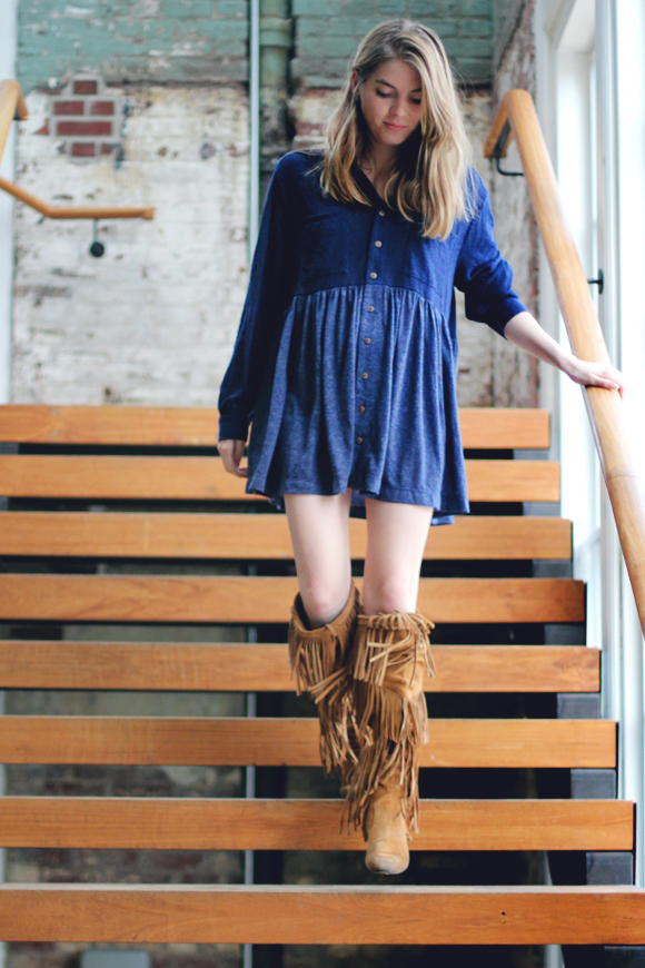 blue dress and fringe boots