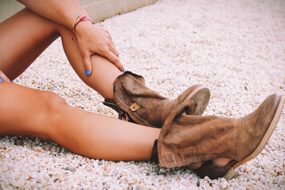 Post image for How To Distress Your Boots The Free People Way