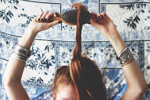 Post image for How To Clean Your Hairbrushes Naturally
