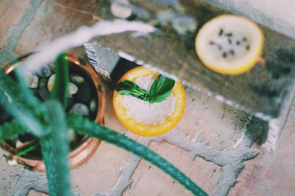 Post image for DIY Fruit Rind Air Fresheners