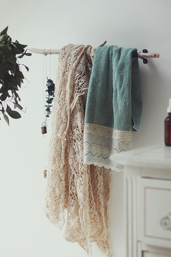 diy towel rack ideas