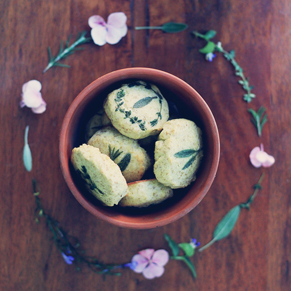 grain free herb biscuits