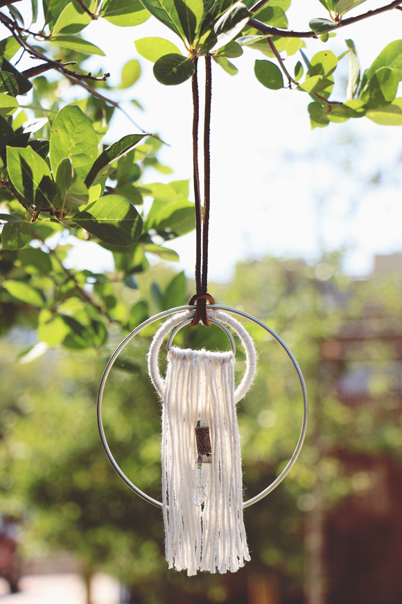 Post image for DIY Hoop & Yarn Wall Hanging For Your Home