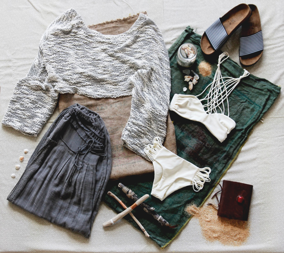 beach sweter outfit